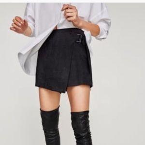 Zara Black Faux Suede Skort with Belt